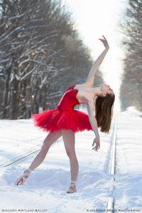 ballet in snow, Portland
